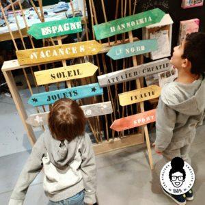 les ateliers créatifs Sarah Gyver panneaux directionnels en bois de palettes à Zôdio