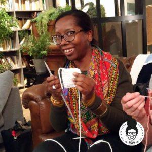 les ateliers créatifs de sarah gyver partenariat association Tricotez-Coeur zôdio gennevilliers
