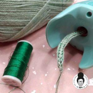 Les ateliers créatifs de sarah gyver gaouaoui Zôdio la rochelle tricotin automatique Kesi'art