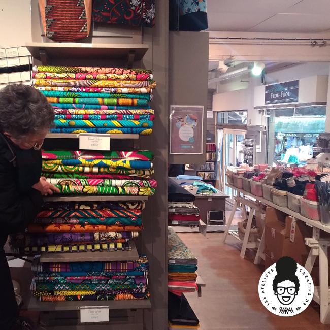 les ateliers créatifs de sarah Gyver Gaouaoui tissus wax Montmartre Paris Frou-Frou
